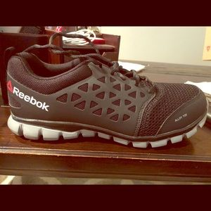 Reebok steel toe shoes